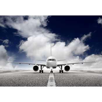 Αεροπλάνο σε αεροδιάδρομο