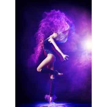 Όμορφη επαγγελματίας χορεύτρια