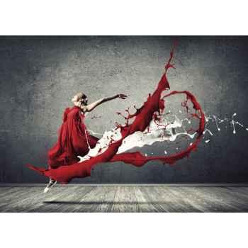 Χορεύτρια με κόκκινο φόρεμα