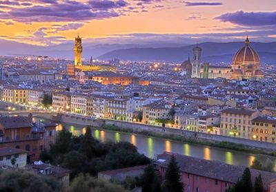 'Ομορφο ηλιοβασίλεμα στη Φλωρεντία